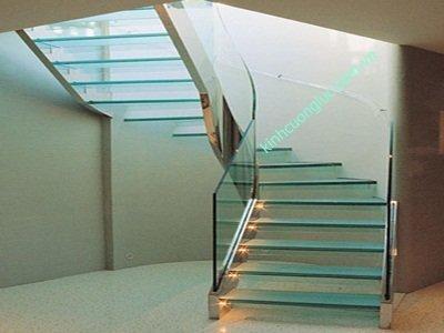 Cầu thang kính 19ly