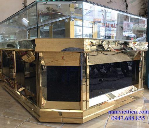 thanh lý tủ trưng bày trang sức