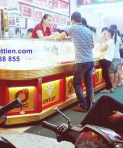 Tủ bán vàng nhôm kính cao cấp