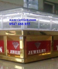 tu vang dt031494040114 247x296 - Cửa hàng làm tủ bán vàng nhôm kính cao cấp