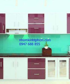 Làm tủ bếp nhôm kính giá rẻ HCM